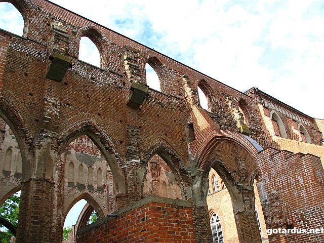 Tartu_cathedral